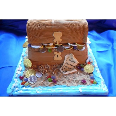 Treasure chest Birthday Cake with Sand and Coin details