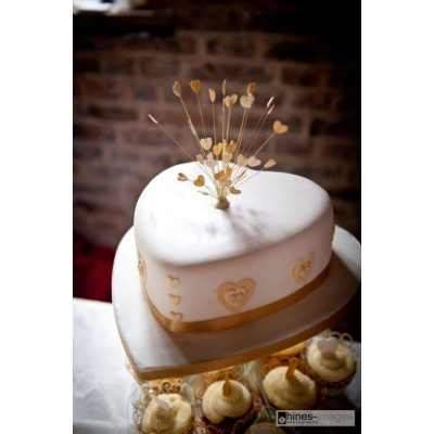 White and Gold cake with Cupcakes