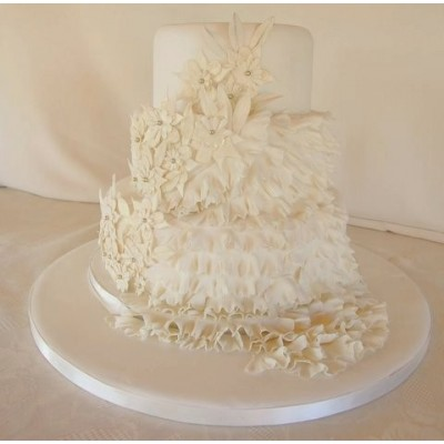 Luxury cream coloured cake with high quality flower detailing