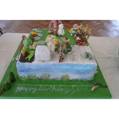 10in Bespoke Garden Cake