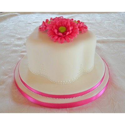 Petal Shaped Cake with hand made sugar Gerbera