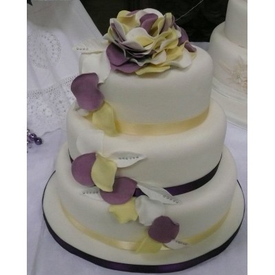 3 tier oval cake with petal detail