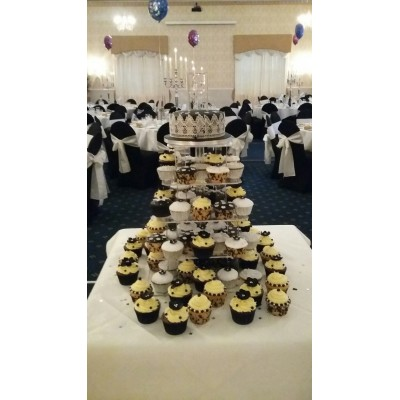 Black and silver cup Cakes