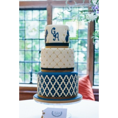 3 tier cake with applique design